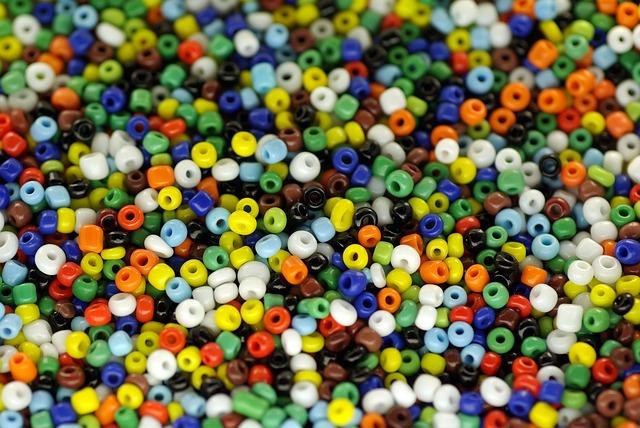 beads-209341_640